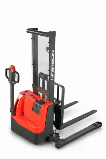 Noblelift ECL10 Straddle Stacker